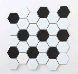 White and Black Ceramic Mosaic Tile pictures & photos