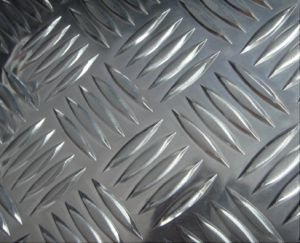 A1050 1060 1100 3003 3105 5052 Aluminium Checker Plate/Aluminium Tread Plate 5 Bar pictures & photos