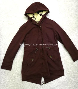 Women′s Garment Dyed Winter Coat / Jacket with Jacquard Lining S12 pictures & photos