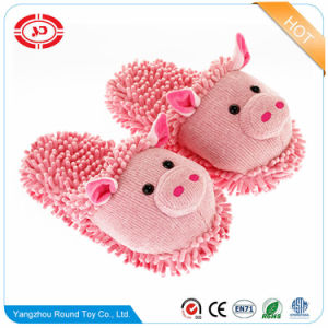 Plush Pig Soft Stuffed Pink Anti-Slip Indoor Slippers pictures & photos