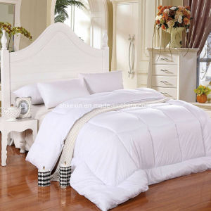 Luxury 90% White Duck Down Comforter Set pictures & photos