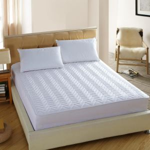 Quilted Mattress Protector 3D Hollow Fiber Filled Mattress Cover pictures & photos
