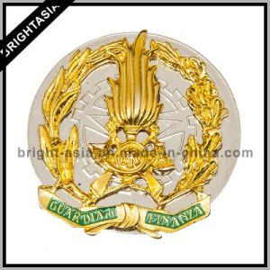 High Quality Hard Enamel Badge (BYH-10710) pictures & photos