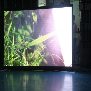 High Definition Video P3 Indoor Full Color LED Display Screen pictures & photos