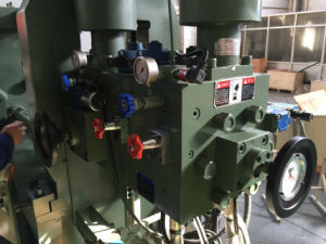 Hot Chamber Die Casting Machine H/90D pictures & photos