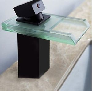 Square Glass Waterfall Single Lever Basin Tap pictures & photos