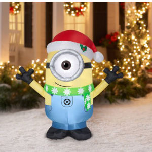 Christmas Holiday Yard Decoration Inflatable Minion Display pictures & photos