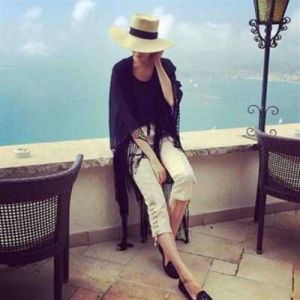 Fashion Design Summer Kimono Cardigan Chiffon Long Loose Blouse Beach Cover up Coats Sunproof Cloth Black pictures & photos