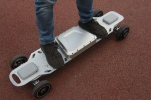 Gotway Hot Sell 35km/H 4 Wheel Electric Skateboard Self Balancing Hoverboard pictures & photos
