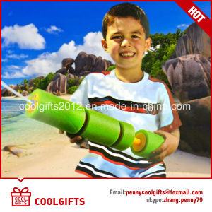 2017 Summer Toy EVA Foam Beach Toy Pump Water Gun Water Shooter pictures & photos