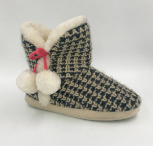Multi Knit Indoor Boots for Lds pictures & photos