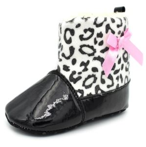 Baby Girl Waterproof Winter Boots pictures & photos