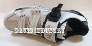 New Style Shoes for Bicycle Sports pictures & photos