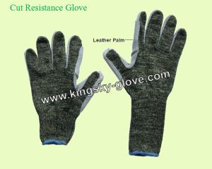 Leather Palm Cut Resistance Gloves (2309) pictures & photos