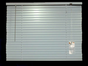 25mm Aluminum Venetian Blinds with Steel Headrail for Window and Door pictures & photos