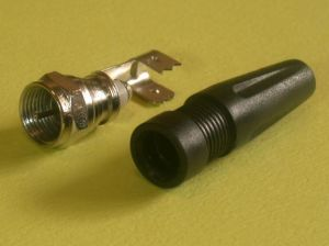 Solderless F Male Plug Connector with Cap (YO 14-003)
