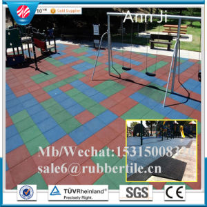 Indoor Square Recycled Rubber Tile, Playground Wearing-Resistant Tile pictures & photos