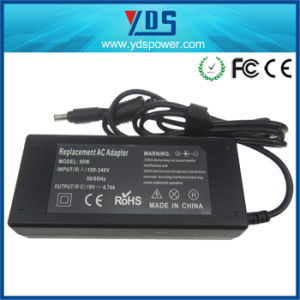 Laptop AC DC Power Adaptor for Samsung 19V 4.74A 90W pictures & photos