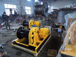 Workshop Winch for Pulling and Lifting pictures & photos