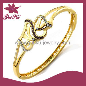 Custom Newest Design 18k Gold Copper Imitation Jewelry (2015 Gus-Cpbl-096g) pictures & photos