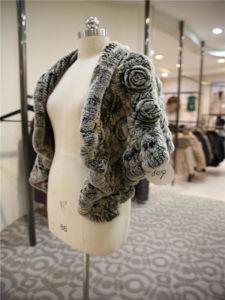 Women′s Luxury Soft Rabbit Fur Coat with Floral Trims pictures & photos