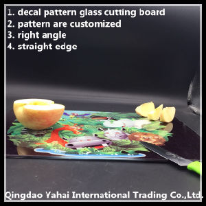 4mm Decal Glass Placemat with Straight Edge pictures & photos
