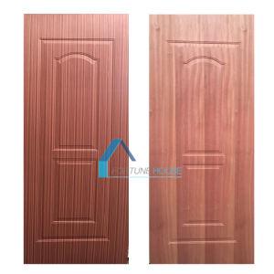 Engineered/Natural Sapeli Wood Veneered Moulded Plywood Door Skin pictures & photos