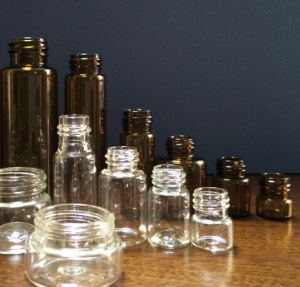 Clear and Amber Tubular Glass Vial for Cosmetic and Medical Packing
