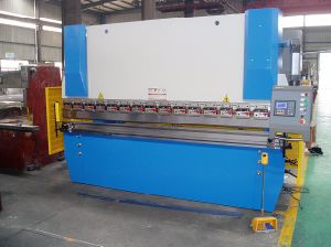 Hydraulic Nc Press Brake (WC67K-40T/3200) with Da41 pictures & photos