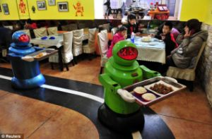 Intelligent Catering Robot pictures & photos
