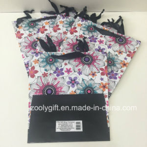 UV Flower Trapezoidal Shaped Design Printing Paper Gift Bags pictures & photos