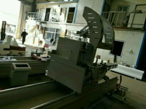 CNC Aluminum Profile Precision Double-Head Cutting Saw pictures & photos