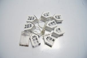 Light String with White Wooden House for House/Buliding Decoration pictures & photos