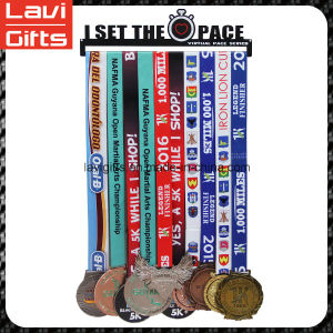 Metal Fashion Medal Hanger with Custom Logo pictures & photos