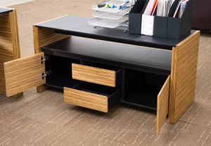 Fashionable Metal Furniture Leather Office Computer Table (AT015A) pictures & photos