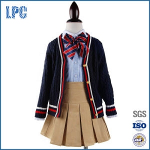 Customized Middle School Uniform for Girls pictures & photos