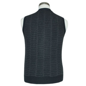 Bn1649 Men′syak and Wool Blended Luxury Knitted V Neck Cardigan Waistcoat pictures & photos