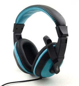 Balck with Red Color Gaming Headset for PC and PS4 pictures & photos