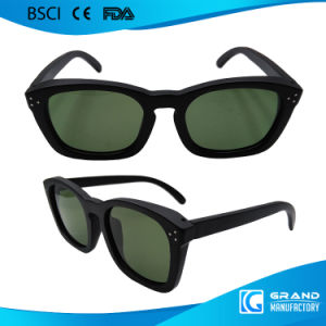 New 2017 Fashion Handmade Frame Black Wooden Sunglasses pictures & photos