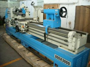 Gap Lathe Machine (103MM SPINDLE HOLE) (Ly61/250y) pictures & photos