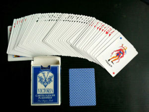 Dollarama Paper Playing Cards with Linen Finish/Victoria Coated Poker Cards pictures & photos