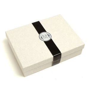 High Quality Cardboard Custom Paper Gift Packaging Box pictures & photos