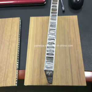 Wood Cover Aluminum Honeycomb Panels pictures & photos