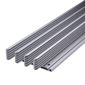 Extrude 6063-T5 Aluminium Profile with Clear Anodizied Surface pictures & photos