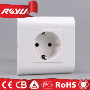 New Design CB Approved Grounding Schuko Socket pictures & photos