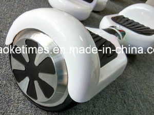 Hot Sale M01 White 6.5 Inch 44000mAh Hoverboard pictures & photos