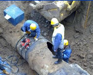 Ygj1-1 Self-Crawling Hydraulic Pipeline Cutting Chamfering Machine pictures & photos