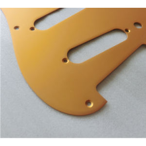 8 Holes Gold Color Alunimum Strat Guitar Pickguard pictures & photos