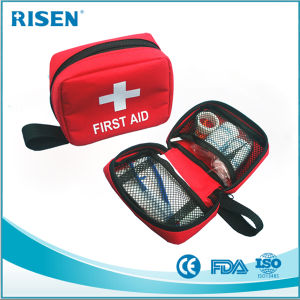 Portable Travel Mini First Aid Kit with CE FDA Approved pictures & photos