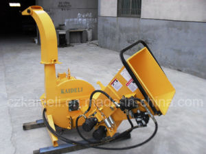 CE Standard Hydraulic Feeder Wood Chipper pictures & photos